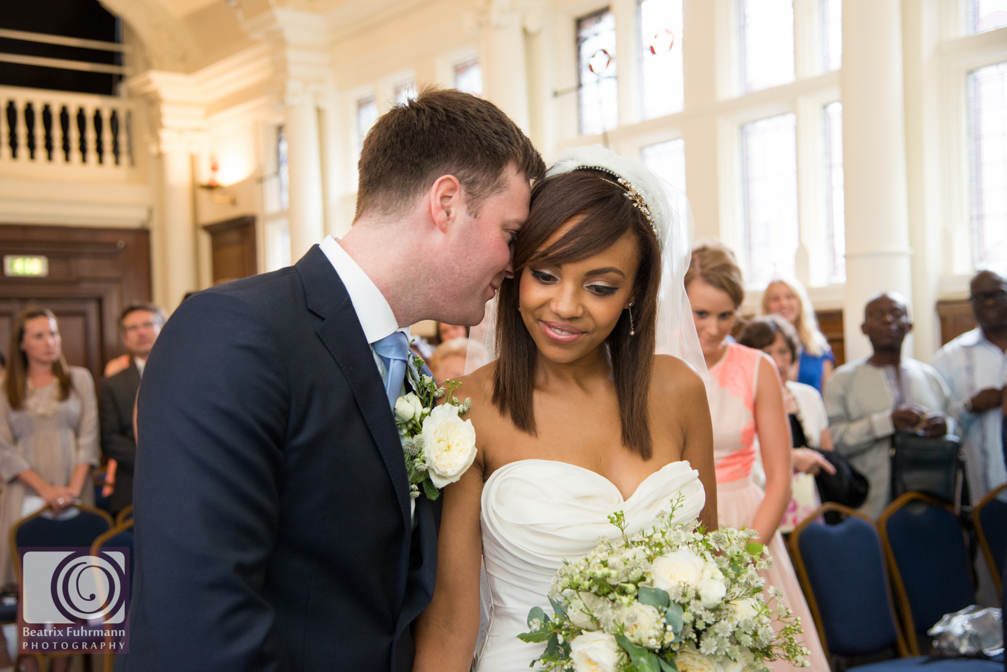 Old Finsbury Town Hall wedding ceremony