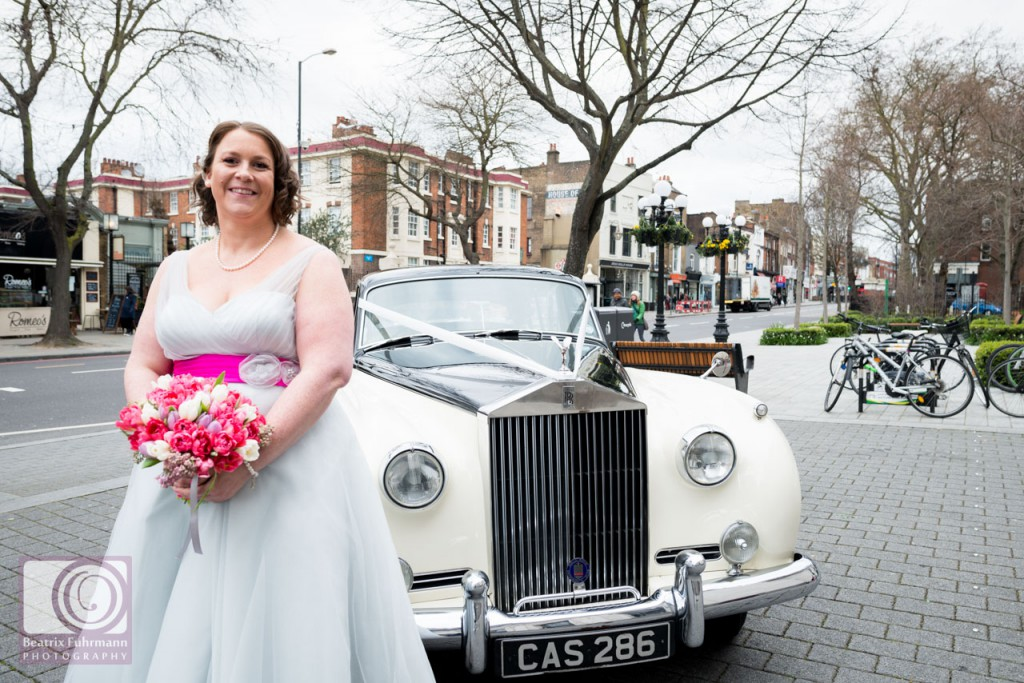 Bride and Rolls-Royce outside the Islington Town Hall