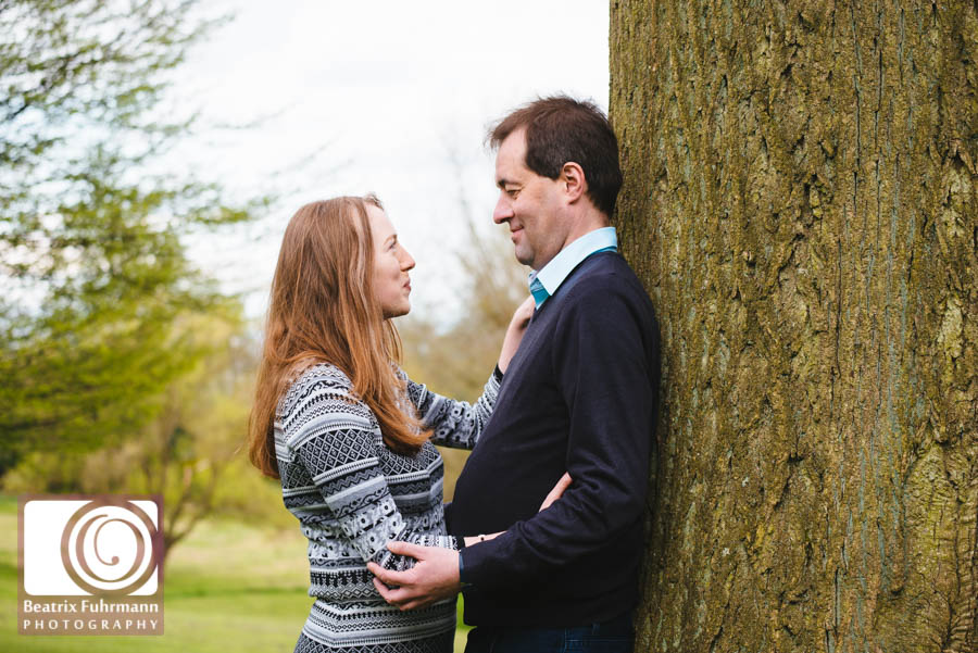 North London Engagement photography at Waterlow Park