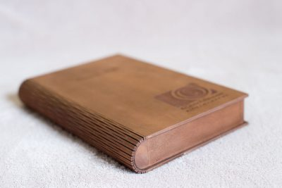 USB wooden box in book format