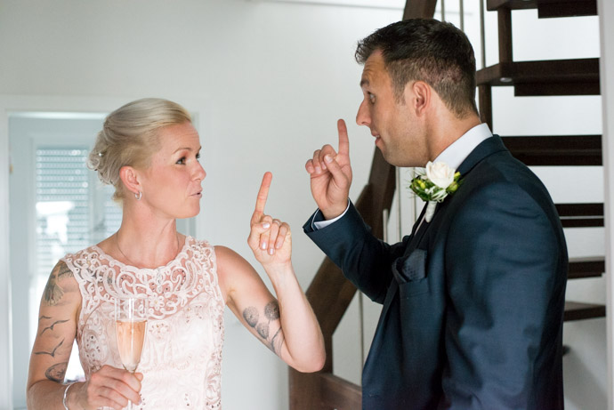 Braut und Bräutigam mit Sektglas